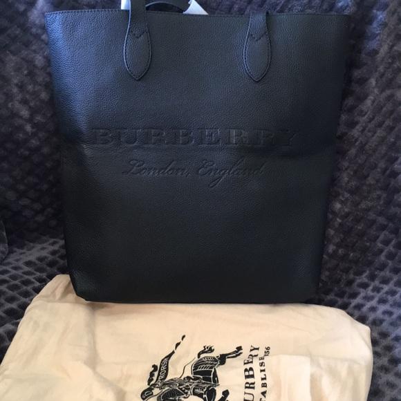 c497bbfecace Burberry Handbags - Burberry Remington Black Leather Leather Tote